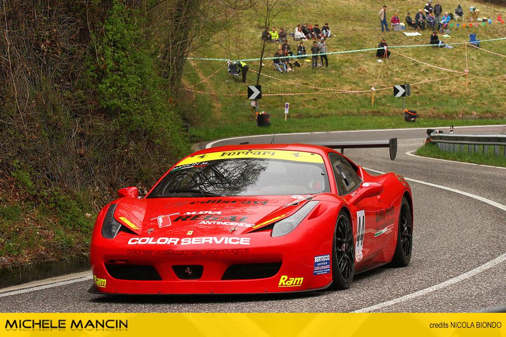 Mancin al Costo, debutto vincente sulla Ferrari